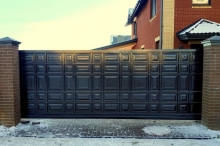 Филенчатые ворота «Rolling Hi-Tech»
